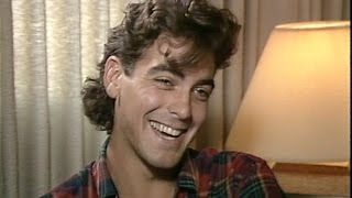 Video See First Interviews of Brad Pitt, George Clooney, Julia Roberts Before They Were Famous MP3, 3GP, MP4, WEBM, AVI, FLV September 2018