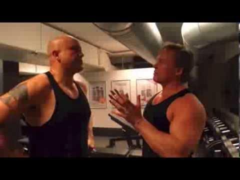 Se René Dif i træningscenteret med Henning Kristensen