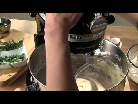 The KitchenAid Stand Mixer 6 Qrt Pro 600