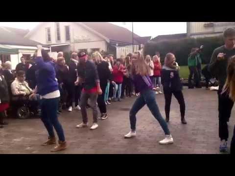 Flashmob @ Gjerdrumsdagen av Gjerdrum amatørteater