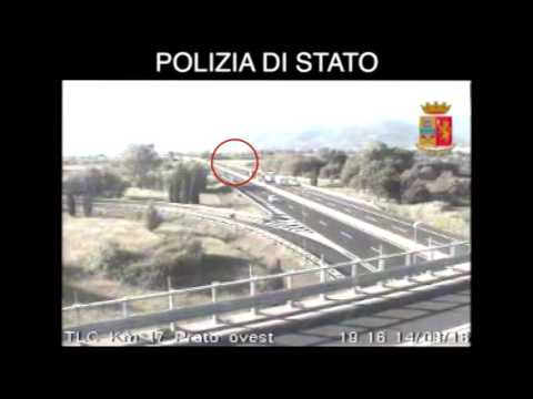 ANZIANA PER 20 KM CONTROMANO IN A1 - video