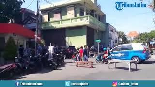Video Terdengar Ledakan di Mako Polrestabes Surabaya MP3, 3GP, MP4, WEBM, AVI, FLV Januari 2019