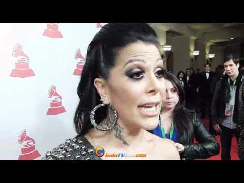 Alejandra Guzmán y Shaila Durcal juntas se ríen y esto no se vió en cámaras wow!!!!