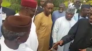 Vice President, Osinbajo receives President Buhari in Aso Villa. The President returns after 103 days in London.