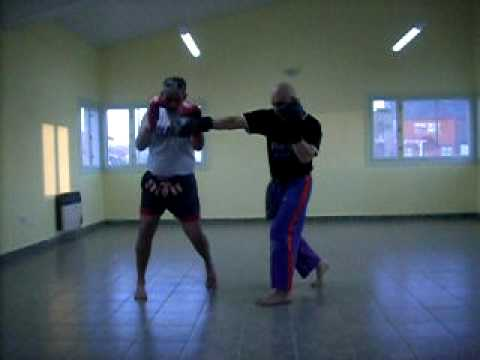 SAAT Kick Boxing – Defensa personal policial y militar, policie & military self defense