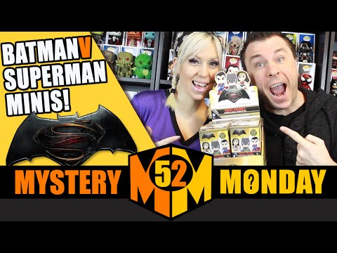 BATMAN V SUPERMAN Funko Mystery Minis (Full Case Unboxing) Part 1