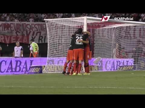 El segundo gol de Pity Mart�nez a Quilmes