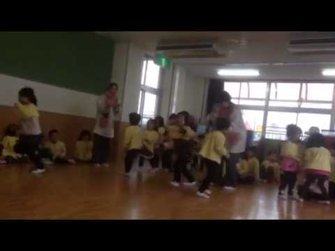 2013年度片岡中央保育園お別れ遠足:風船リレー