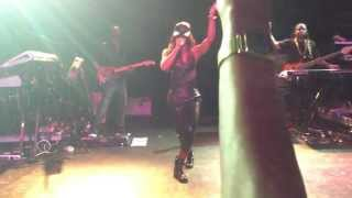 Kelly Rowland - Ice Live At The TLA Philly