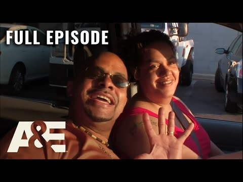 Parking Wars: Couple Sells Car for $1 to Avoid Penalty - Full Episode (S2, E2) | A&E
