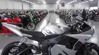 9. 2004 Yamaha YZF-R6 @ iMotorsports 8541