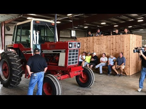 1976 IHC 986 with 1104 Hours Sold today on Indiana Auction