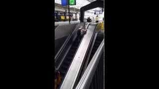 Two reasons why you should not run against an escalator - Amsterdam Escalator Fail