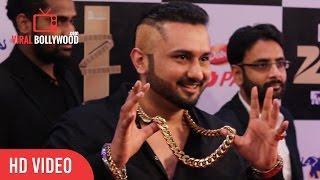Video Yo Yo Honey Singh In Zorawar Style at Zee Cine Awards 2016 download in MP3, 3GP, MP4, WEBM, AVI, FLV January 2017