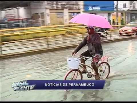 [BRASIL URGENTE PE] Os transtornos da chuva em Recife e Olinda