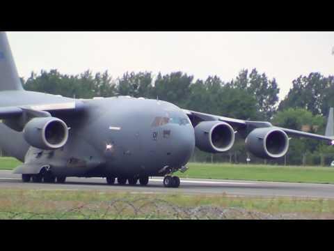 Boeing C-17 Globemaster III SAC...
