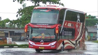 Video 3 Bus Mewah di Terminal Jepara MP3, 3GP, MP4, WEBM, AVI, FLV Juni 2018