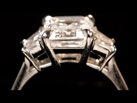 What Is an Emerald Cut? | Diamond Rings