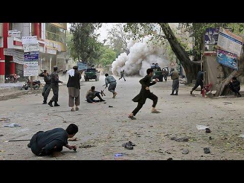 Теракт в Афганистане: десятки погибших