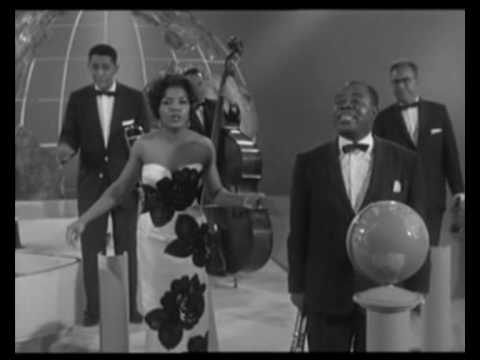 Louis Armstrong - When The Saints...