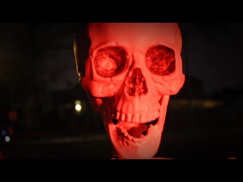 Spooky Scary Skeletons: The Movie (2015) TRAILER