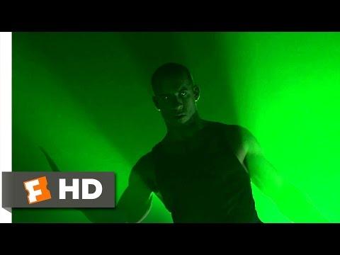 Pitch Black (7/10) Movie CLIP - Murderer vs. Merc (2000) HD