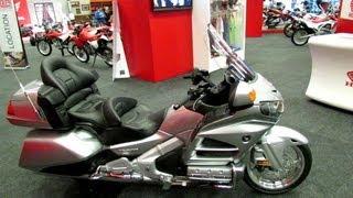 8. 2013 Honda Gold Wing GL1800AL - Walkaround - 2013 Montreal Motorcycle Show