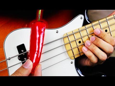 Mies soittaa Red Hot Chili Peppersin kappaleita — Parissa päivässä satojatuhansia katselukertoja!