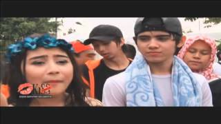 Download Lagu Kemenangan Prilly dan Aliando di Inbox Awards - Kiss Pagi 28/09/2015 Mp3