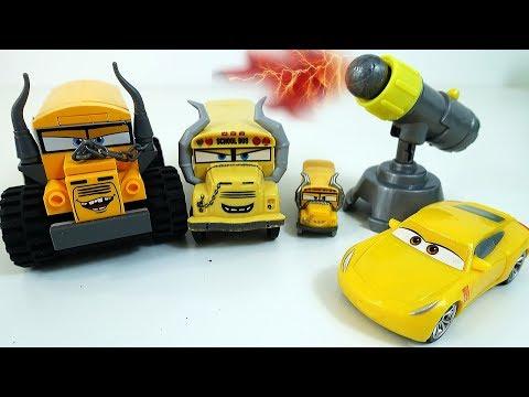 Мультики про МАШИНКИ - Лего Мисс Крошка и Круз Рамирез - Машинки Тачки 3 Лего Карс 3