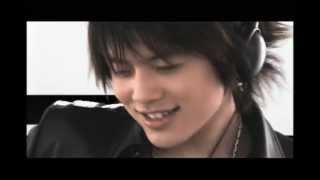 Download Lagu SEVEN - HIKARI (光,히카리) M/V Mp3