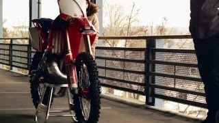 7. Honda CR 250 2007 Behind the Scenes