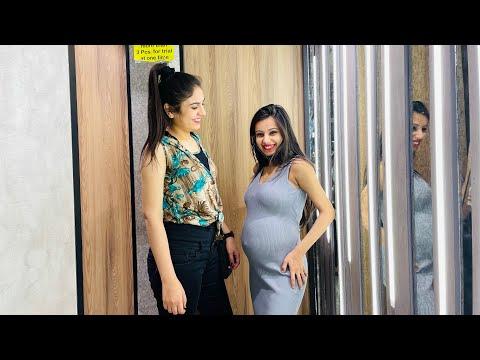 Pregnancy shopping with komal 😅
