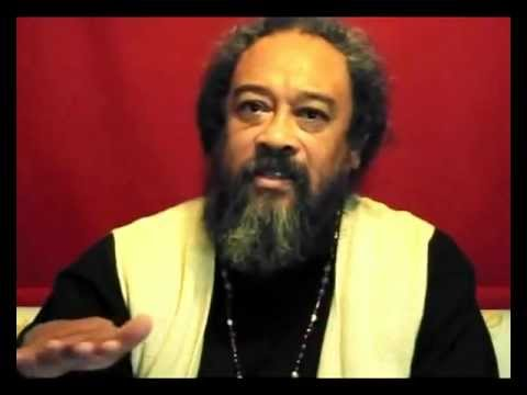 Mooji Answers: How Do I Deal With This Underlying Fear