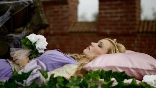 Nonton Sleeping Beauty Teaser Trailer Film Subtitle Indonesia Streaming Movie Download