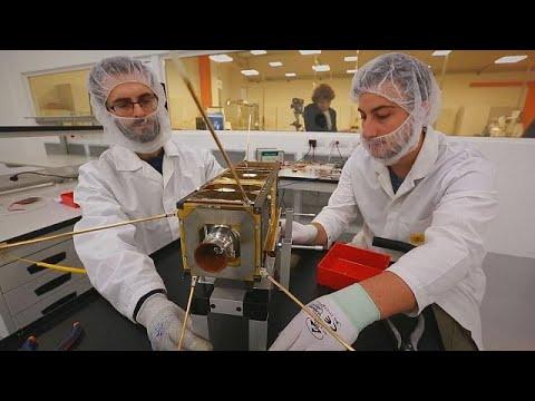 Απομακρύνοντας με ασφάλεια τους «δορυφόρους- σκουπίδια» του διαστήματος – business planet
