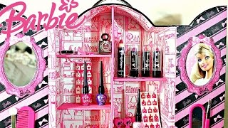 Hi Barbie LoversThis is the Barbie Fashion Make Up Closet which comes with so many goodies! We get Barbie lipstick, Barbie lipgloss, Barbie nail polish and Barbie hair accessories. Just so much stuff!Hope you all enjoy!Toy Club