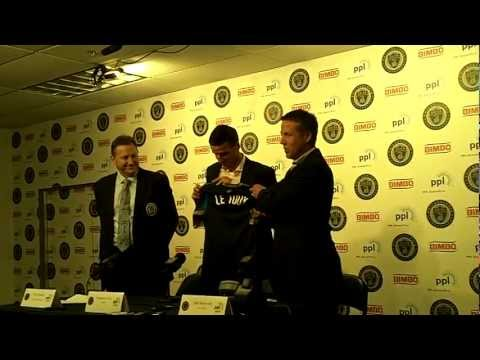 sebastien le toux - Recently reacquired forward Sebastien Le Toux, center, is introduced by Philadelphia Union CEO Nick Sakiewicz, left, and manager John Hackworth at PPL Park F...