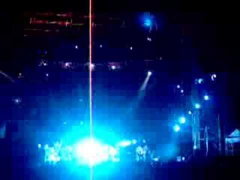 Concierto de Shakira en Cali 2006: Piez Descalzos