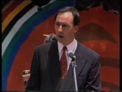 paul keating redfern speech essay A systemic linguistic analysis of two prime ministerial speeches paul dickinson discussed paul keating's 1992 redfern park speech in.
