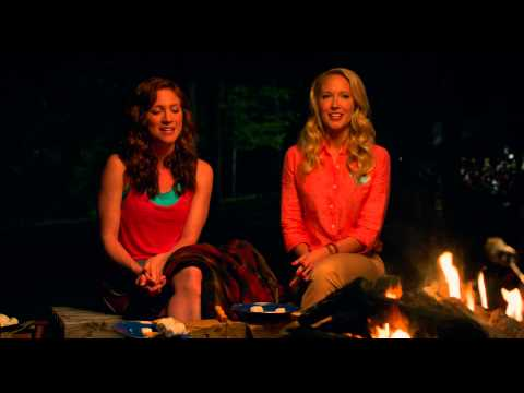 Pitch Perfect 2 (Clip 'Campfire')