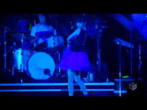 Lisa - Rock Mode (LIVE) en concierto