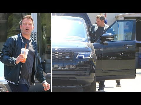 Ben Affleck Scores Himself A New Range Rover On His 46th B-Day