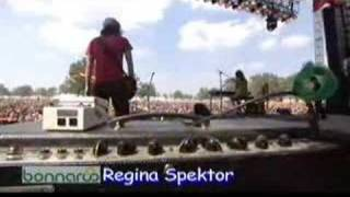 Regina Spektor - Carbon Monoxide (Bonnaroo 2007)