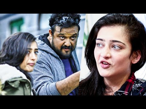 Video VIVEGAM : Akshara Haasan Reveals about her Looks & Character | Ajith Kumar | MY 123 download in MP3, 3GP, MP4, WEBM, AVI, FLV January 2017