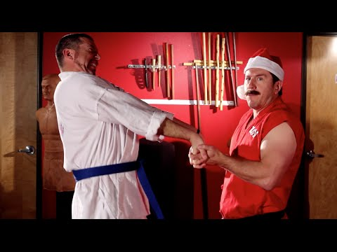 claws - Master Ken and Todd demonstrate a lethal holiday self defense scenario. Music by Kevin MacLeod at www.incompetech.com Links: Reading Comments: ...