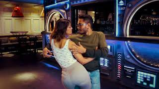 Download Lagu Maroon 5 ft. Cardi B - Girls Like You (DJ Tronky Bachata Remix) ft. Cornel & Rithika Mp3