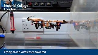 Comment recharger un drone en vol?