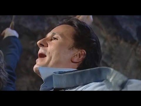 Гусарский марш (О. Меньшиков) - фрагмент телеверсии спектакля Игроки, 2005 г.