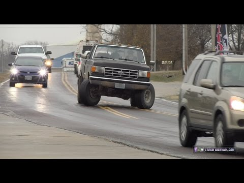 Black ice sliding and traffic chaos - Wentzville, MO, December 16, 2016